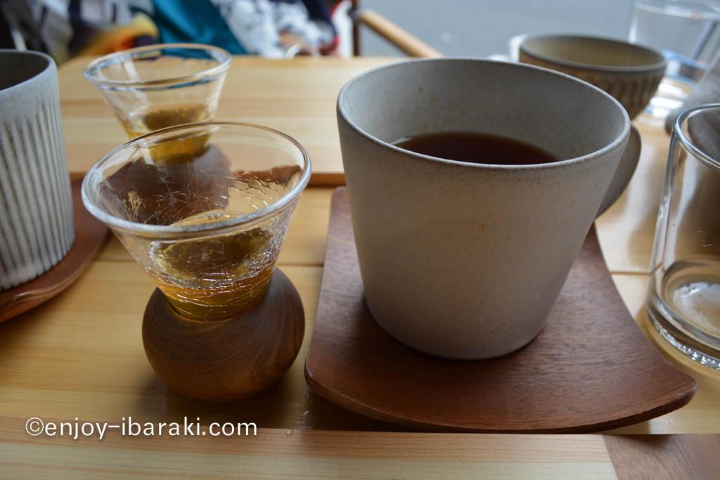 猿島紅茶に梅シロップ