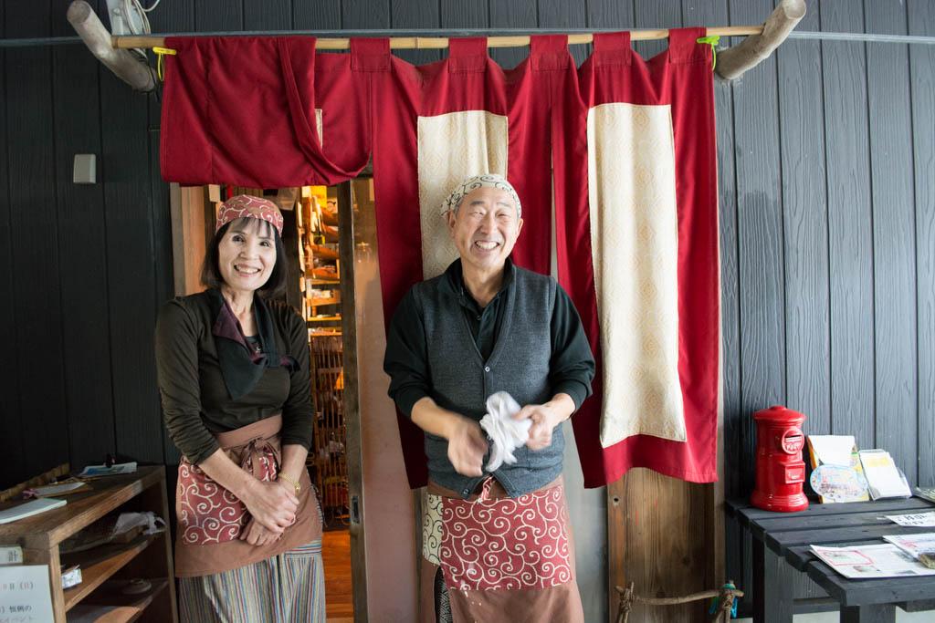 ギャラリー月カフェのオーナーご夫妻