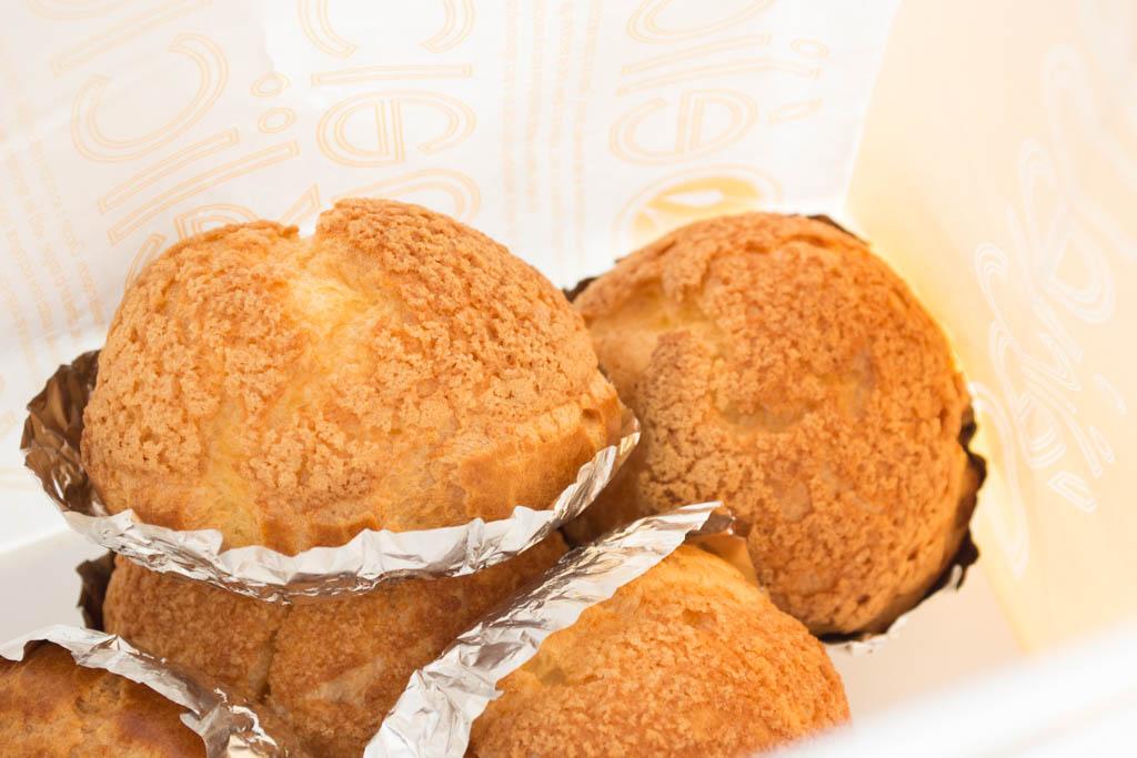 マダムディレイのクッキーシュークリーム