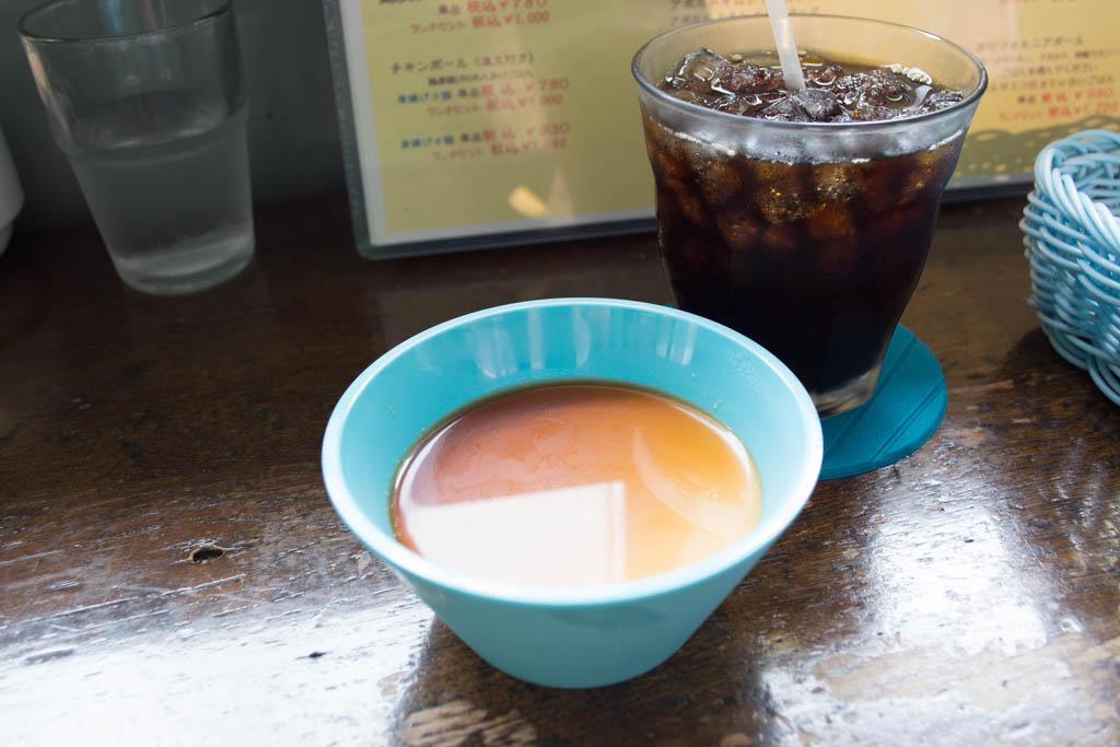 白ごまプリンとアイスコーヒー